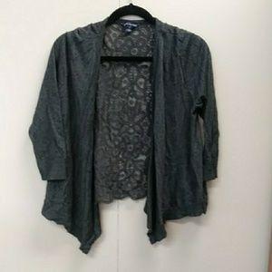 American eagle. Grey lace shawl